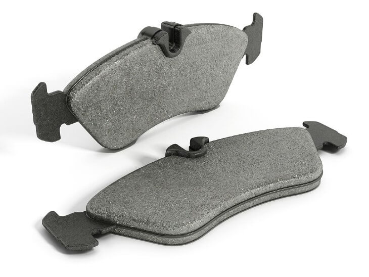 Semi-metallic brake pads